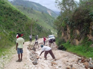 roads are still destroyed from the Haiti earthquake_0